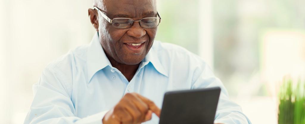 elderly-man-tablet